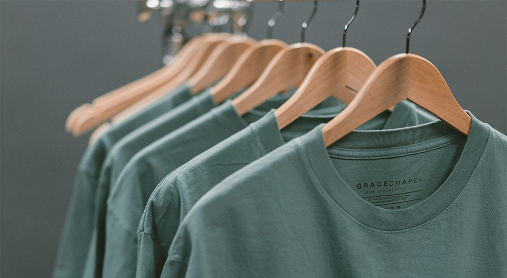 1ef85dc4f Essential tips that will help you achieve professional results for your  custom print shirts.